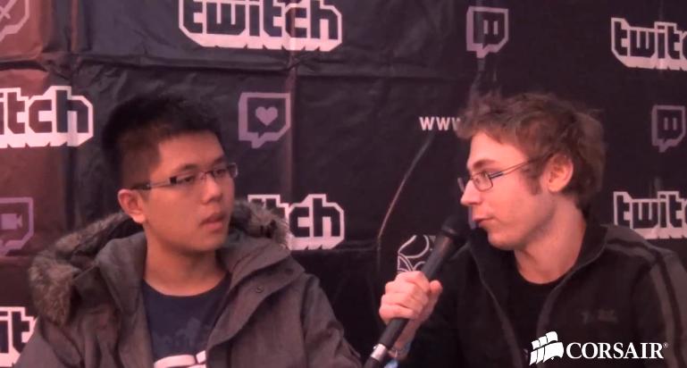 EternalEnvy (izquierda) entrevistado en la DreamHack 2012